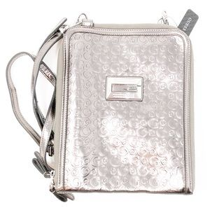 NWT Guess Tess Metallic Logo Crossbody Purse✨